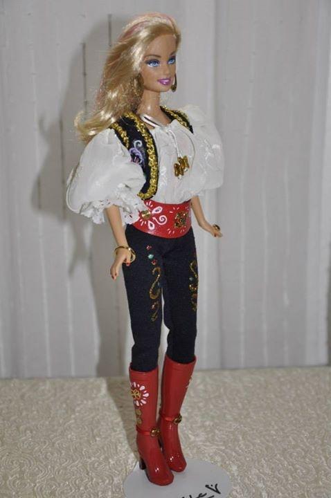 Barbie de la Comparsa Zíngara de las Fiestas de Moros y Cristianos de Elda (Alicante)