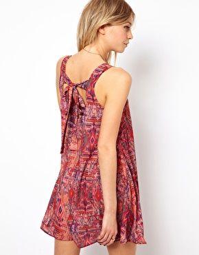 Image 1 - Love - Robe trapèze à imprimé aztèque et dos ouvert