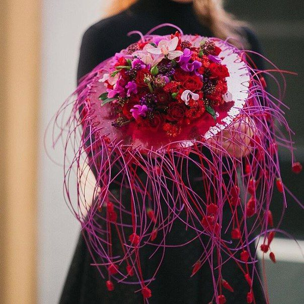 Bouquet by Laura Belabrovik, floral designer, Minsk   VK