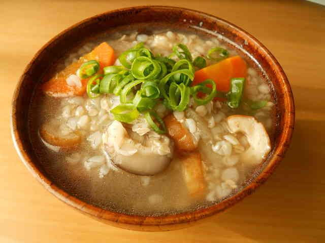 野菜たっぷりであったまる~☆そば米汁の画像