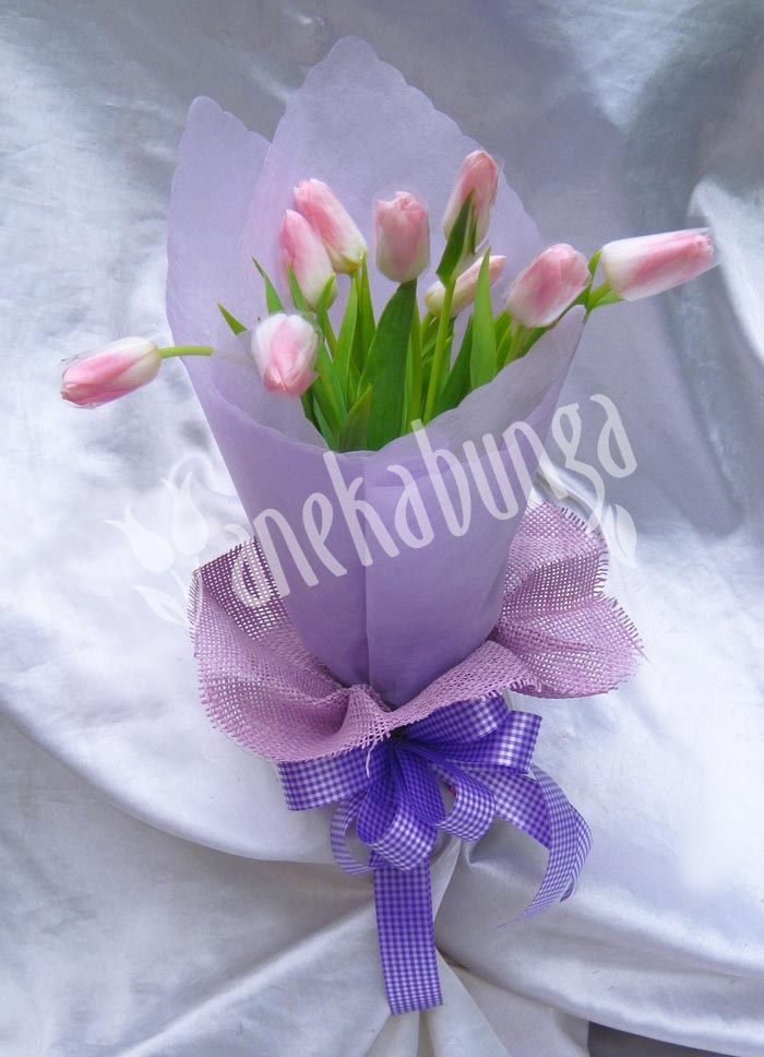 D produk: LA060 -  Rp.375.000,00    Klik foto di atas untuk pemesanan -   www.anekabunga.com -  PIN BB: 21E23F02 - 021-5812161- WhatsApp: 859-206-10-700