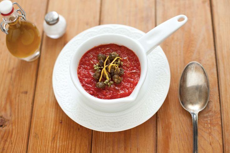 Crema di pomodoro con capperi croccanti