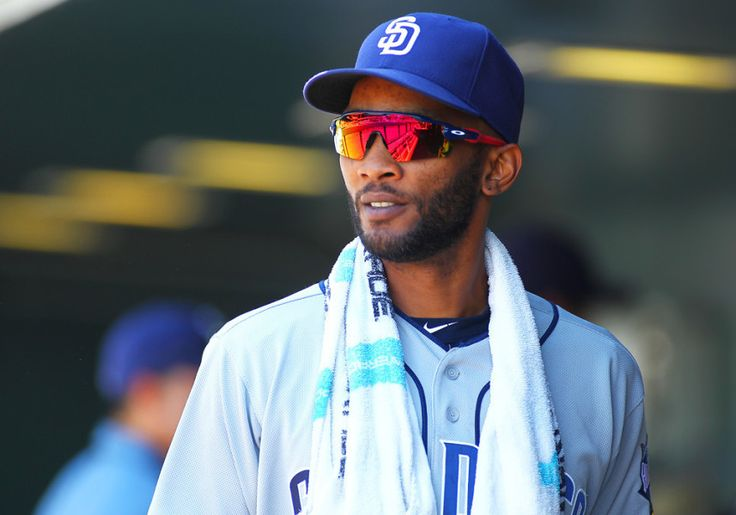 REPORT: Rays to sign Alexei Ramirez = The Tampa Bay Rays have reportedly agreed to a deal with veteran shortstop Alexei Ramirez, according to Marc Topkin of the Tampa Bay Times.  Ramirez signed a one-year deal worth $3 million with the San Diego Padres in January. The team was.....