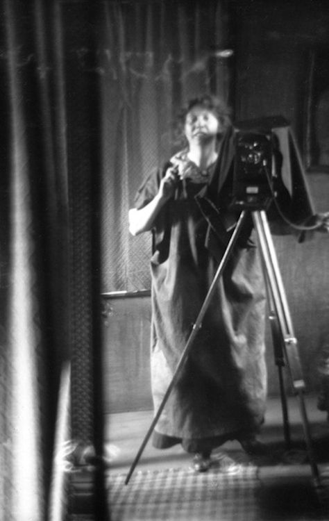 Self Portrait with Camera, 1912, Imogen Cunningham. I'm sure she had no idea the trend she was starting. lol