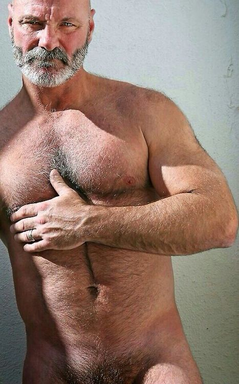 Mature Gay Muscle Men 29