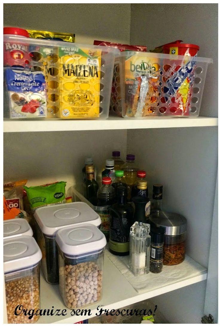 Guarde os produtos um na frente do outro para aproveitar mais espaços.