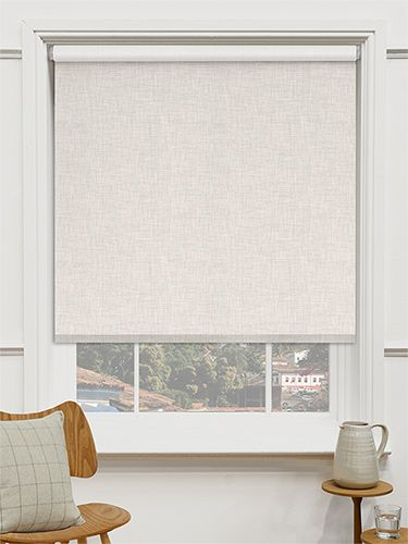 Choices Linen Natural Roller Blind - give your home a rustic feel with this gorgeous linen blind. #blinds #roller #blackout