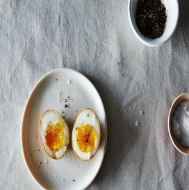 Ovos cozidos marinados