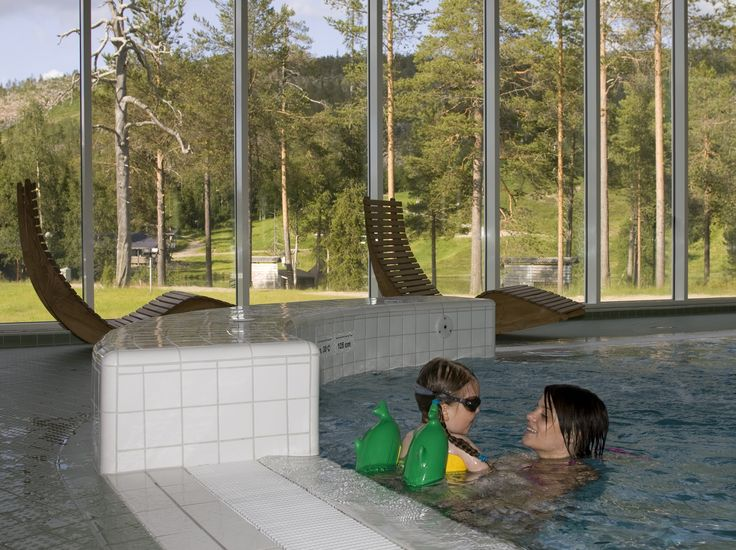 Spa Hotel Holiday Club Salla Holiday Club Salla is open around the year. Comfortable accommodation in the hotel and Tunturitähti suites, re...
