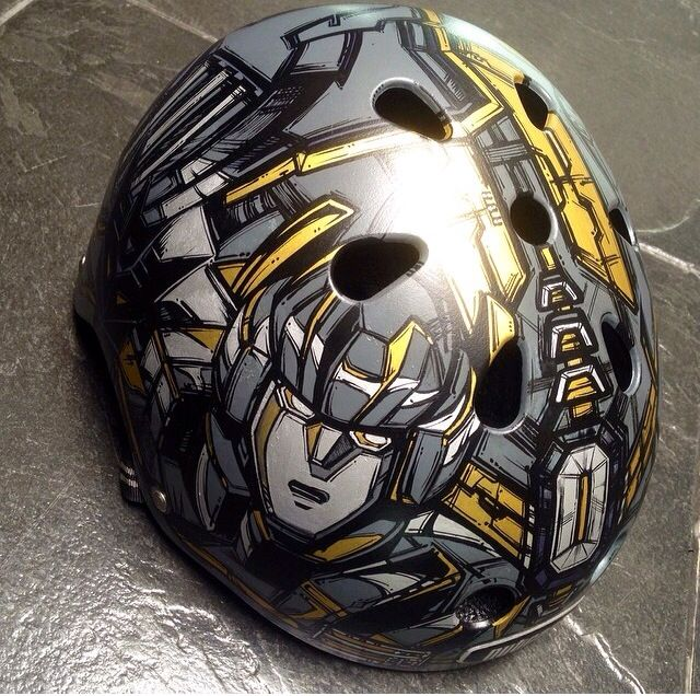 Customized Helmet (Part I / Posterman)