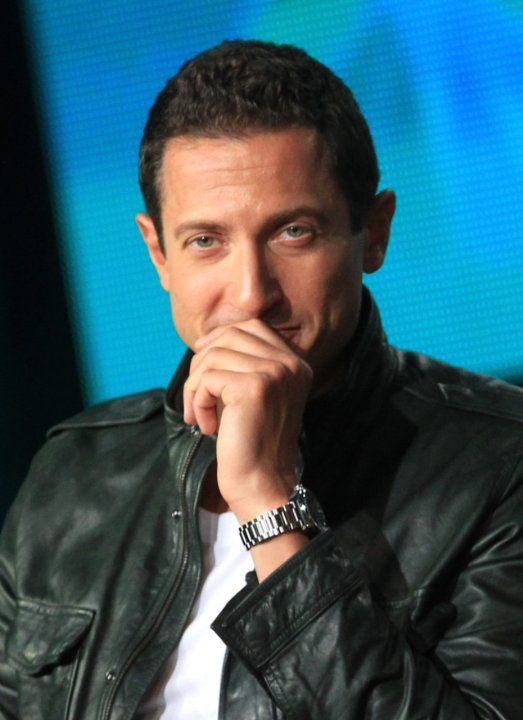Sasha Roiz as Stefan. Can't you just see him at movie night with Mercy and Warren?