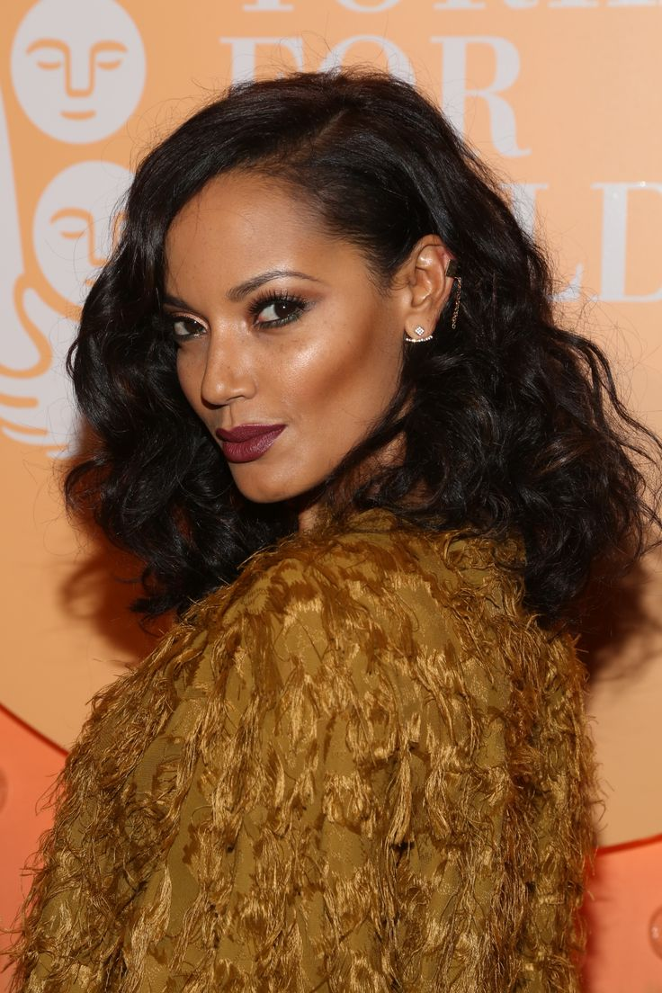 Selita Ebanks went for pure Hollywood glamour. // #Beauty