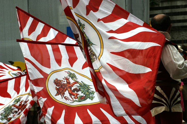 Astiludio - Flag Wavers - Volterra, Tuscany #volterra #volterratur