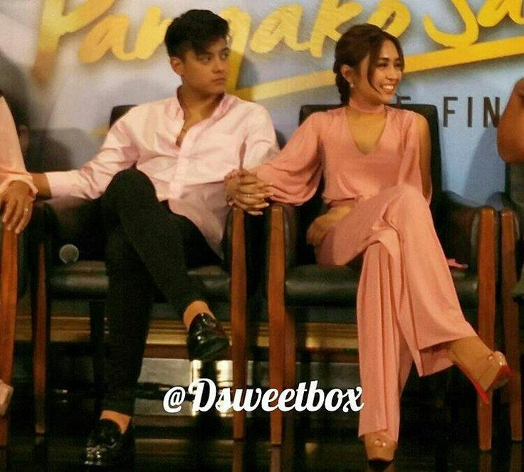 """This is the handsome Daniel Padilla and the pretty Kathryn Bernardo smiling for the camera and holding hands together during the Press Conference for the Finale Week of Pangako Sa 'Yo at the ABS-CBN Compound in Quezon City last February 6, 2016. Indeed, KathNiel is my favourite Kapamilya love team, they're amazing Star Magic talents, and """"Pangako Sa 'Yo"""" is my favourite Kapamilya telenovela. #KathrynBernardo #TeenQueen #DanielPadilla #KathNiel #KathNielBernaDilla #PangakoSaYo"""