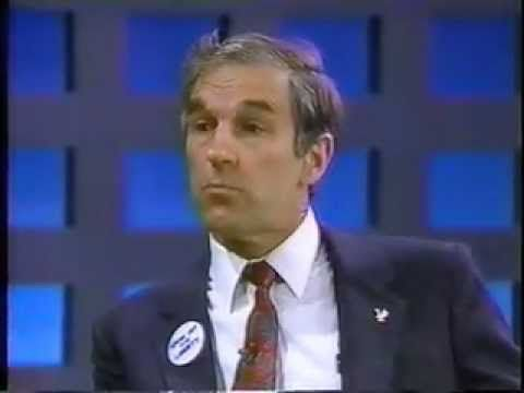 Debate on legalizing drugs in 1988 with Ron Paul (and the host is smoking a cigarette the whole time). Interesting.