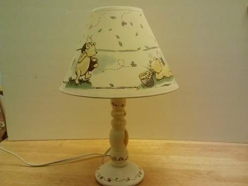 Classic Winnie The Pooh Nursery Lamp And Shade Exc