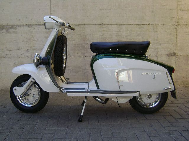 Lambretta SX 150 S-Type lato A by secondaserie, via Flickr