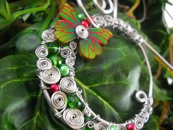 Collier FRAMBOISIER Aluminium bois perles https://www.etsy.com/fr/listing/214114789/collier-framboisier-aluminium-bois?