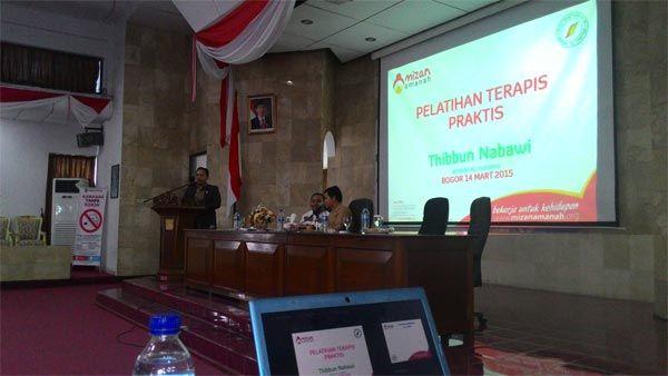 Pelatihan terapis praktis pengobatan islami bersama warga Bogor - Rumah Yatim Mizan Amanah