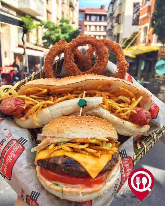 """#CheeseBurger & #Hotdog - Egg & Burger / #İstanbul ( #Teşvikiye #Cihangir #Etiler #Göktürk ) @eggandburgertr   Çalışma Saatler 11:00-22:00  Göktürk 0 212 322 22 00  Cheese Burger 1850 / 110 gr  Hotdog 12   Onion Rings 9/8 Adet  Alkolsüz Mekan   Paket Servis Var  Sodexo Multinet Ticket Setcart Var  Açık Alan Var  Otopark Yok DAHA FAZLASI İÇİN #YOUTUBE """"YEMEK NEREDE YENİR"""" TAKİP ET"""