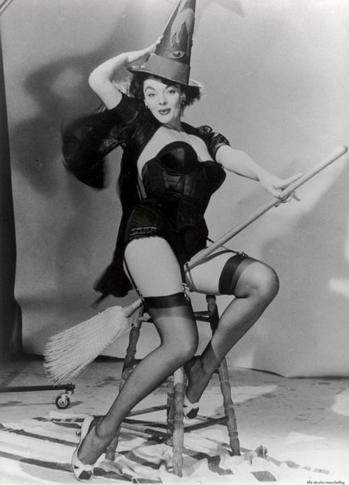Myrna Hansen original . Model for Elvgren.
