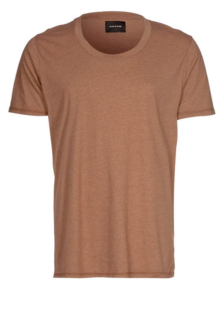 HAVDAL - T-shirts - kortärmade - Brunt
