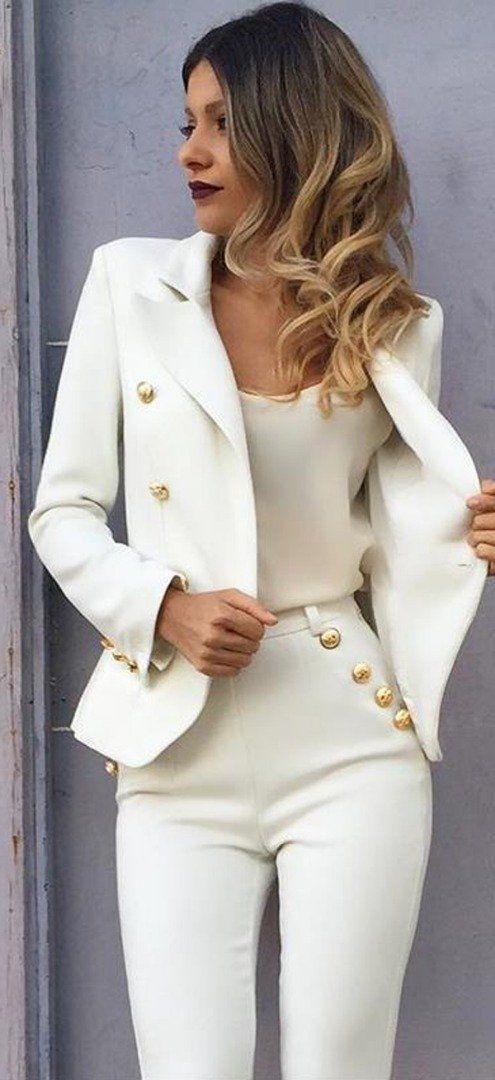 Schicke Modetrends oder mehr als 15 Arten, Weiß zu tragen