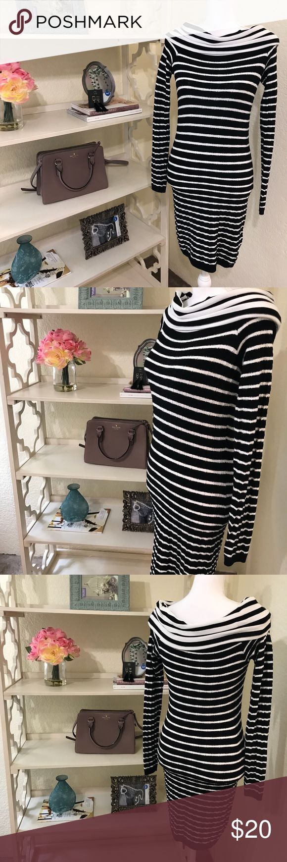 Guess Dress Used, but in good condition! Great colors. Pair it with some tights, heels and put a coat over it! Guess Dresses Midi