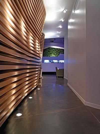 Designová betonová podlaha Nuvolato, hnědá barva. / Design concrete floor Nuvolato, brown color.  http://www.bocapraha.cz/cs/aktualita/50/beton-v-modernim-interieru-hyri-barvami-a-nenudi/