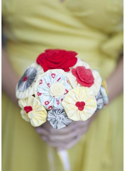 Cute DIY fabric flowers