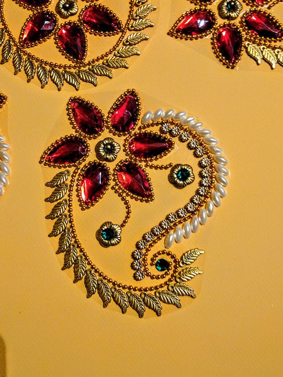 Kundan Rangoli Handmade & elegant Floor / Table / Wall decor