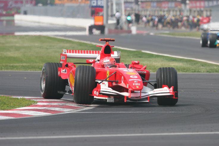German news outlet Bunte claims Michael Schumacher is able to walk https://racingnews.co/2015/12/22/german-news-claims-schumacher-can-walk-manager-says-false/ #michaelschumacher