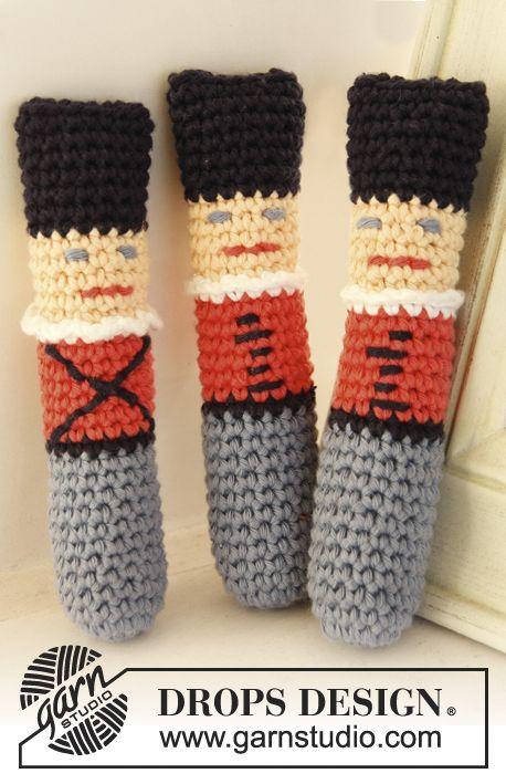 "Free pattern! Crochet DROPS tin soldiers in ""Paris""."