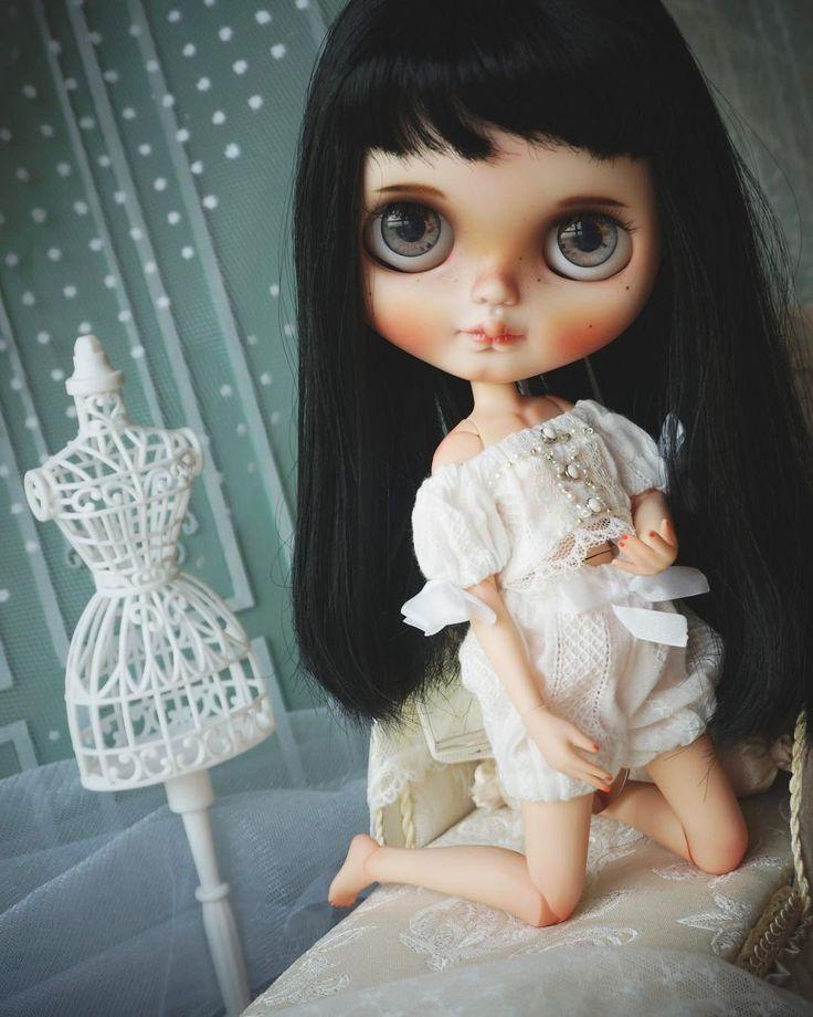 #blythedolls #blythedolloutfit #blythe #blythedoll #blythethailand #blythecustom #customdoll #customblythe #dolls #dollcustom #nini_home #ninidolls