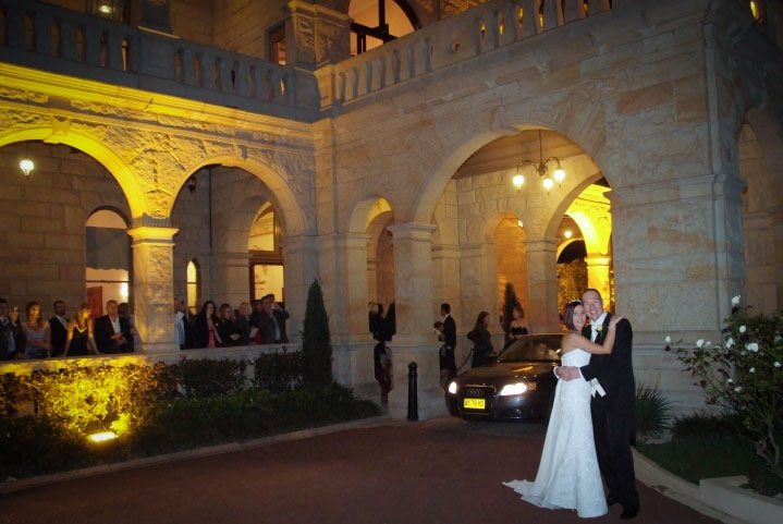 Curzon Hall is a great place for wedding photos