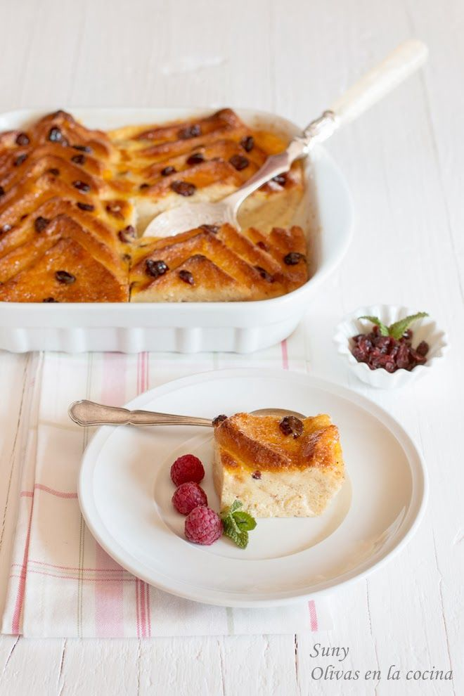Un delicioso Pudin o Budin de pan y mantequilla, receta de Jamie Oliver, con alguna pequeña modificación. Delicioso!!