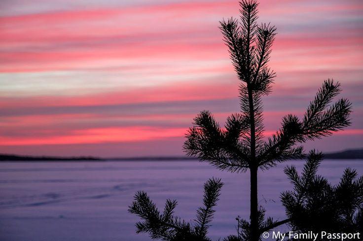 Viaje a Laponia con niños. Conocer a Papa Noel en Laponia. Santa Claus en familia. Finlandia con niños