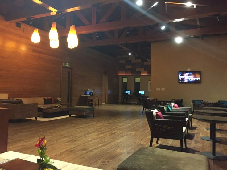 REVIEW: YU Airport Lounge St Kitts