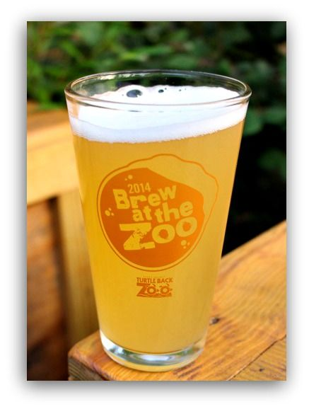 the Brew at the Zoo event - drinking with the animals at Jersey's Turtle Back Zoo! www.mantitlement.com