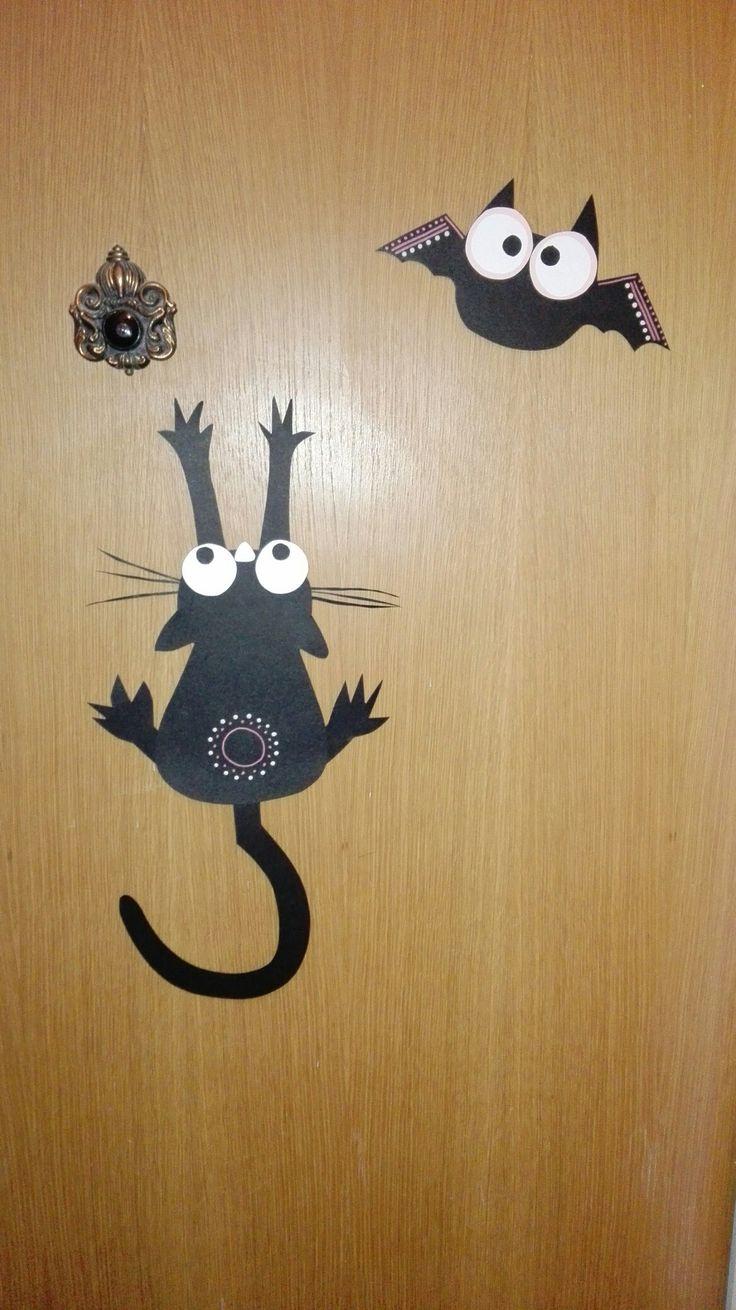 dušičková dekorace na vchodové dveře