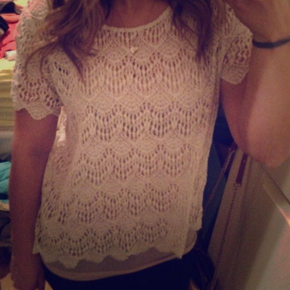 Forever 21 crochet lace top Forever 21 lace crochet top size 1x. NO TRADES Or PP Forever 21 Tops