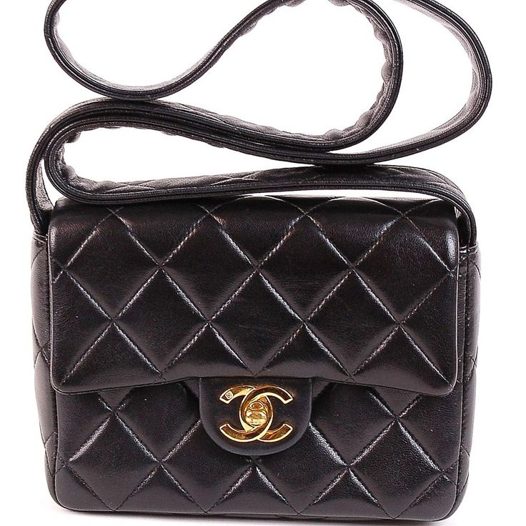 View Our Collection Of Pre Owned Used Authentic Chanel Handbags Wallets Accessories Ed Designer Luxury Goods At Biltmorelux