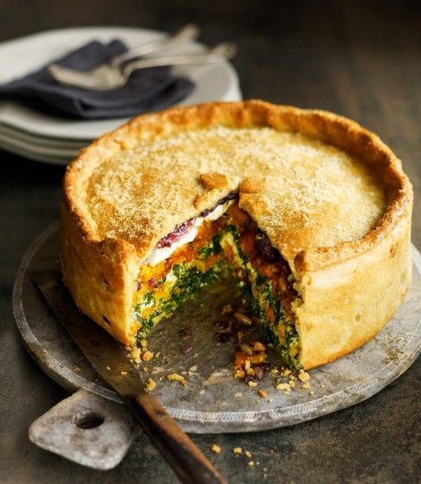 Butternut squash, spinach and goat's cheese pie - A vegetarian pie recipe made with seasonal autumn vegetables and feta in a cheesy pastry. The pie is freezable so you can make it ahead.