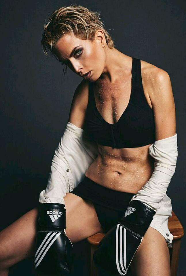 Fotograaf:Mehdy Nassar Model:Ceylin de Jong Styling/Concept:Sylvia Harding