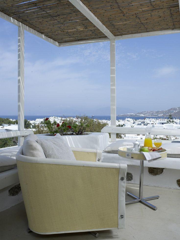 Enjoy your breakfast with a view of Mykonos Town! One of the luxuries of Semeli Hotel!  #Semeli #SemeliHotel #Mykonos