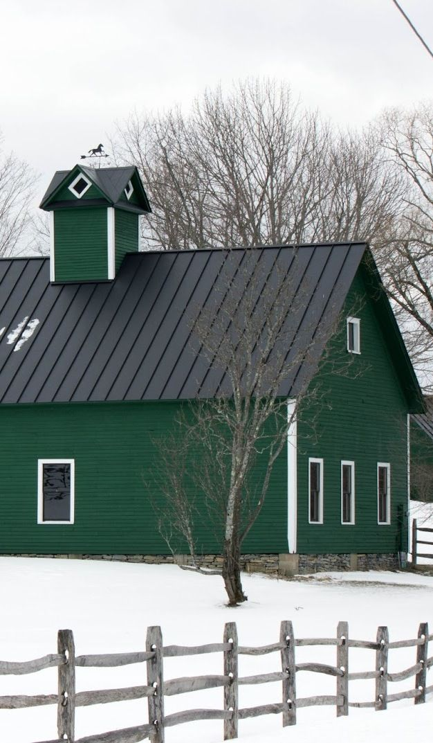 Green Barn ... what a beautiful place to live.