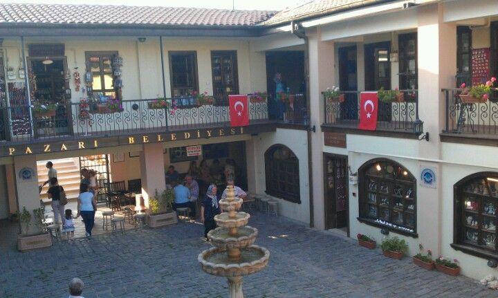 Atlıhan El Sanatları Çarşısı şu şehirde: Eskişehir, Eskişehir