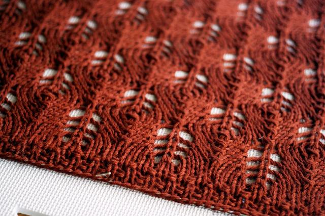 Knitting Pattern Queen Size Blanket : Wool Leaves baby blanket. knit & crochet blankets Pinterest Beautif...