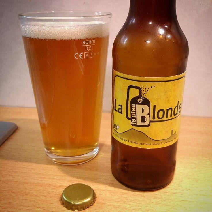 Dégustation de la bière #bio Plan B Blonde brassée à #ClermontFerrand ............................................................................. #BeerTime #ZythoTaste #Beer #Bier #Bière #Øl #Olut #Olout #Öl #Birre #Birra #Cerveza #Pivo #Cerveja #Пиво #ビール #Bīru #Bia  #beercaps #igbeer #beersommelier #beerstagram #loversbeer #instapic