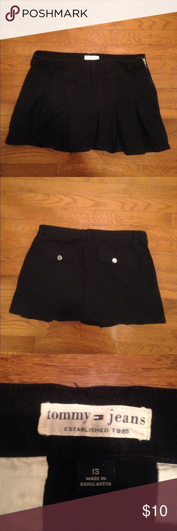 Tommy Hilfiger Pleated Skirt Black khaki skirt w/ zipper on the side Tommy Hilfiger Skirts